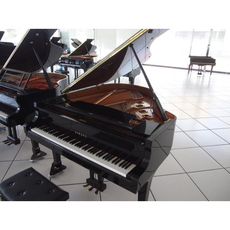 grand piano yamaha c2 xativa valencia used for sale